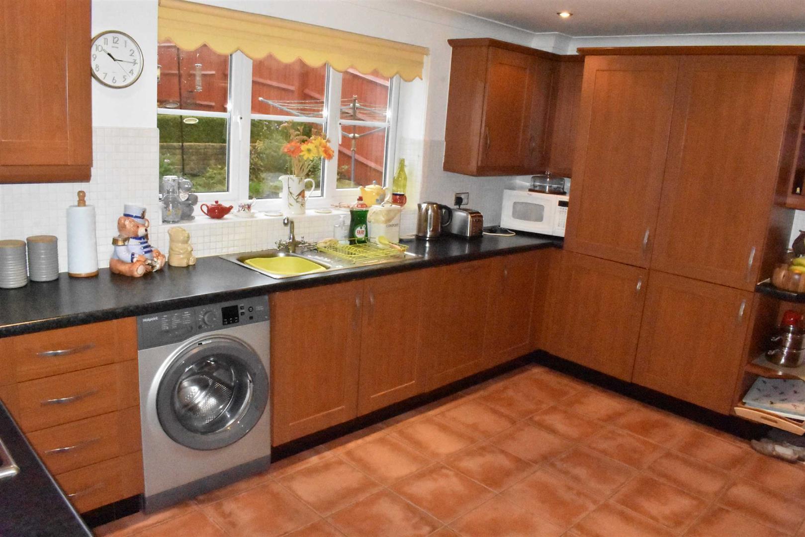 Sunnymead Close, Cockett, Swansea, SA1 6SD